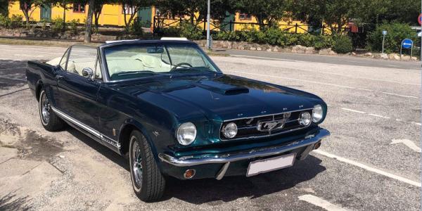 Lej en Ford Mustang Cabriolet