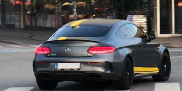 Lej en Mercedes AMG C63 Edition 1