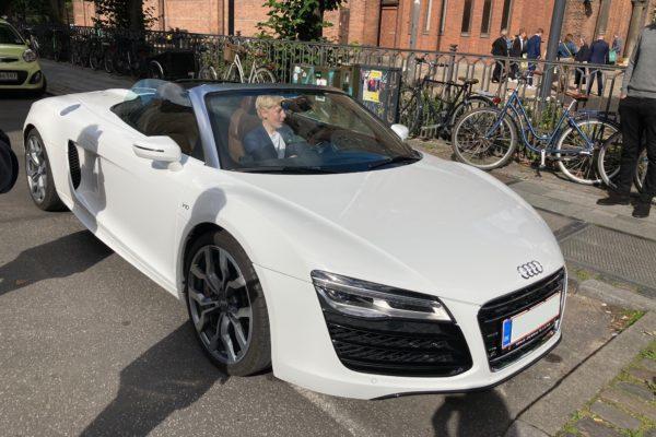Konfirmationskørsel Audi R8 Spyder