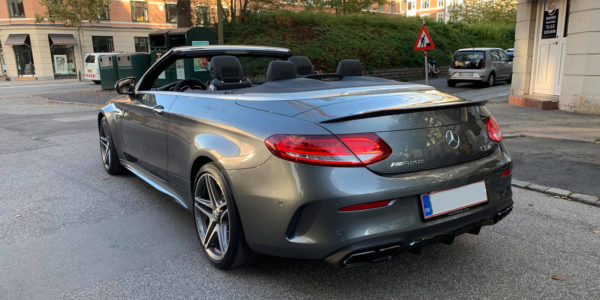 Lej en Mercedes AMG C63S Cabriolet