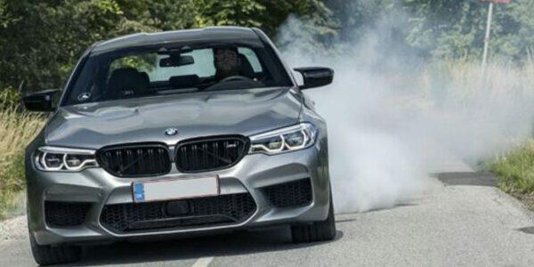 Lej en BMW M5 Competition