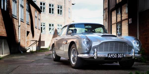 Lej en Aston Martin DB5