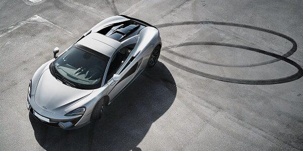 Lej en McLaren 570S Spider