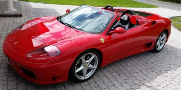 Lej en Ferrari 360 Spider